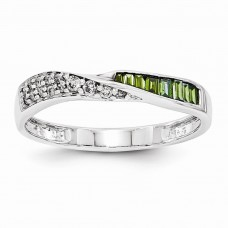 14k White gold Green & White Diamond Band